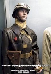 mannequins pour collectionneurs et mus es militaria uniformes coiffures t tes. Black Bedroom Furniture Sets. Home Design Ideas
